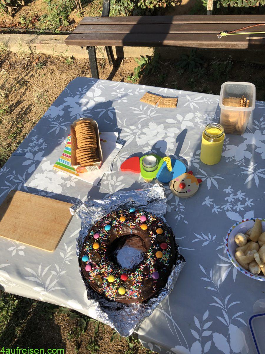Kuchen aus dem Omnia. Immer ein Donut.